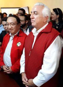 José Hevia Aguiar y el senador Isaías González Cuevas