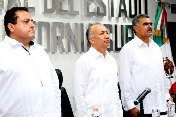 01 El gobernador Carlos Mendoza y el Presidente del Tribunal Superior de Justica, Lic. Daniel Gallo