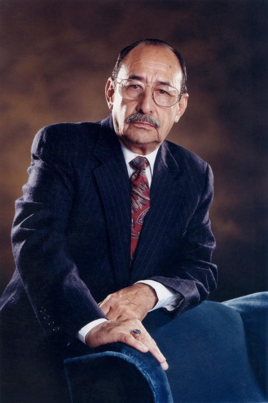 Carlos Reyes estudio