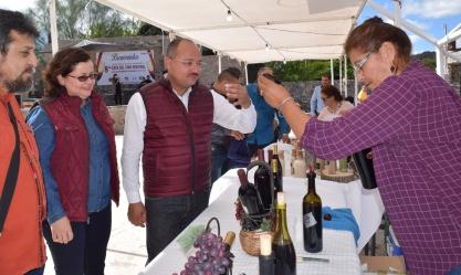 El alcalde Walter Valenzuela, al inaugurar la 8va. Cata del Vino Misional Los Comondú 2018