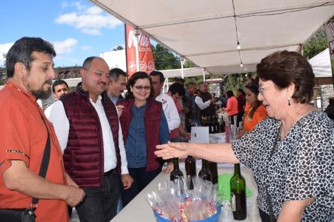 Recorrido por la Expo Artesanal y Cata del Vino Misional