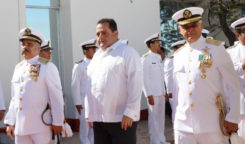 02 Con la marina