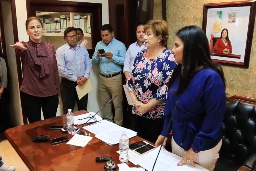 01 Toma protesta titular de Transparencia y Acceso a la Información Pública Los Cabos..