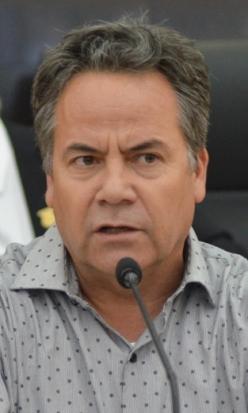 02Dip. Ramiro Ruiz Flores