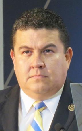 gustavo-cruz-rector-uabcs